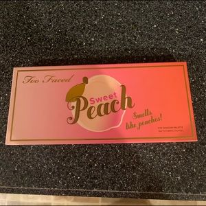 BRAND NEW too faced sweet peach pallet